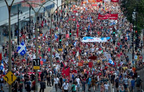 20150706-protestos-canada_rep
