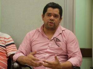 Rogério Pantoja, representante da executiva da CUT, durante reunião em Porto Alegre | Foto: Fernanda Canofre/Sul21
